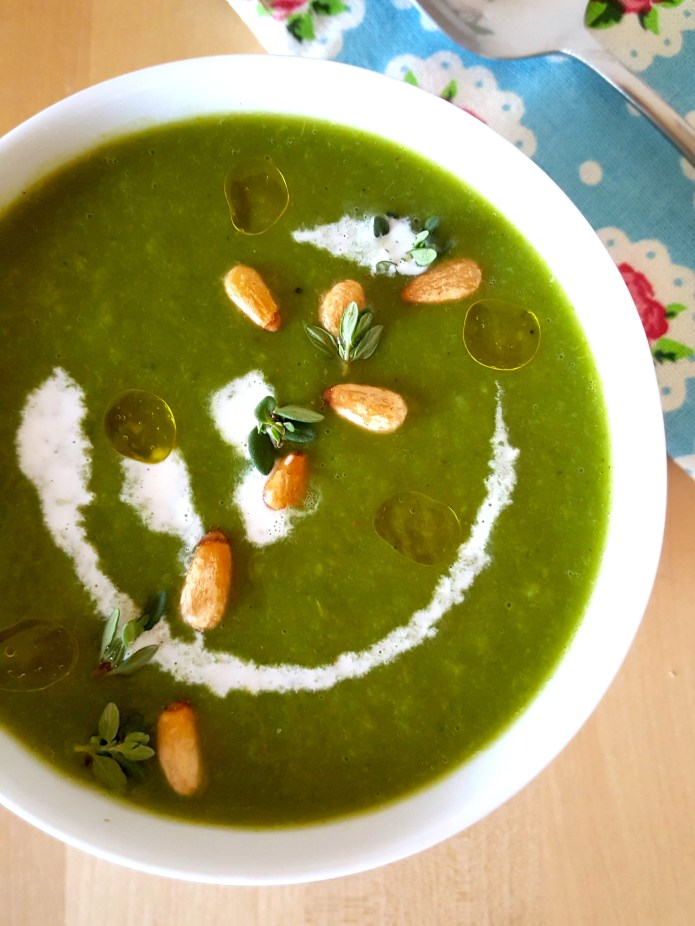 Pea and kale soup 8