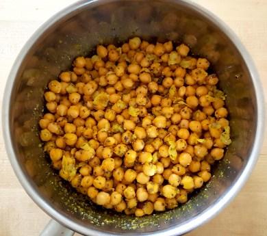 Turmeric chick peas prep 2