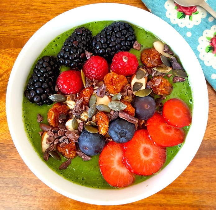 Green smoothie bowl 24