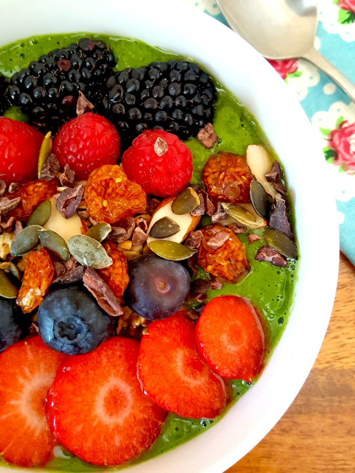 Green smoothie bowl 27