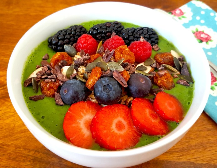 Green smoothie bowl 28