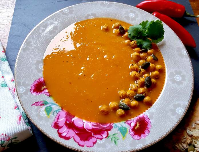 Curried carrot soup 23