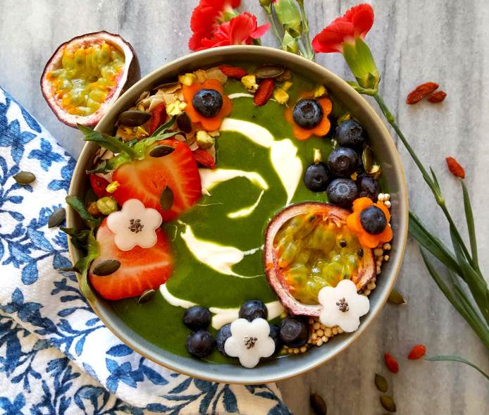 Green smoothie flowers 2