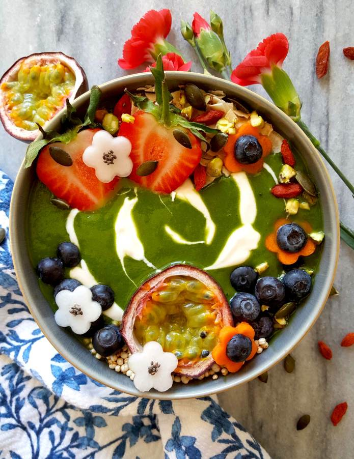 Green smoothie flowers 8