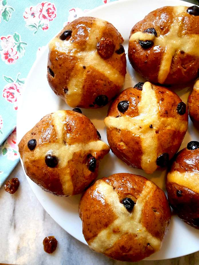 Hot cross buns 25
