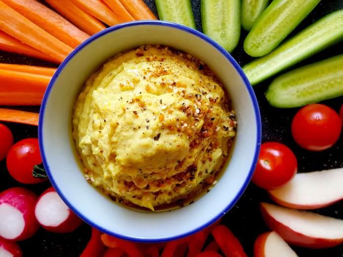 Turmeric hummus 2