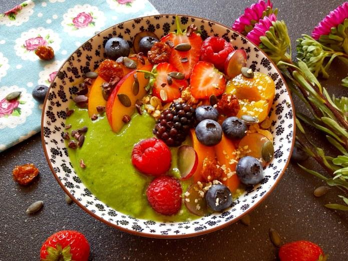 Spring green smoothie 11